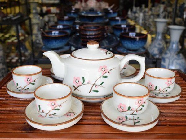 Bộ ấm trà Bát Tràng Vẽ Hoa Đào 500ml